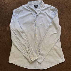 button down from gap